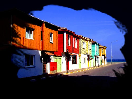 colorful houses sinop turkey