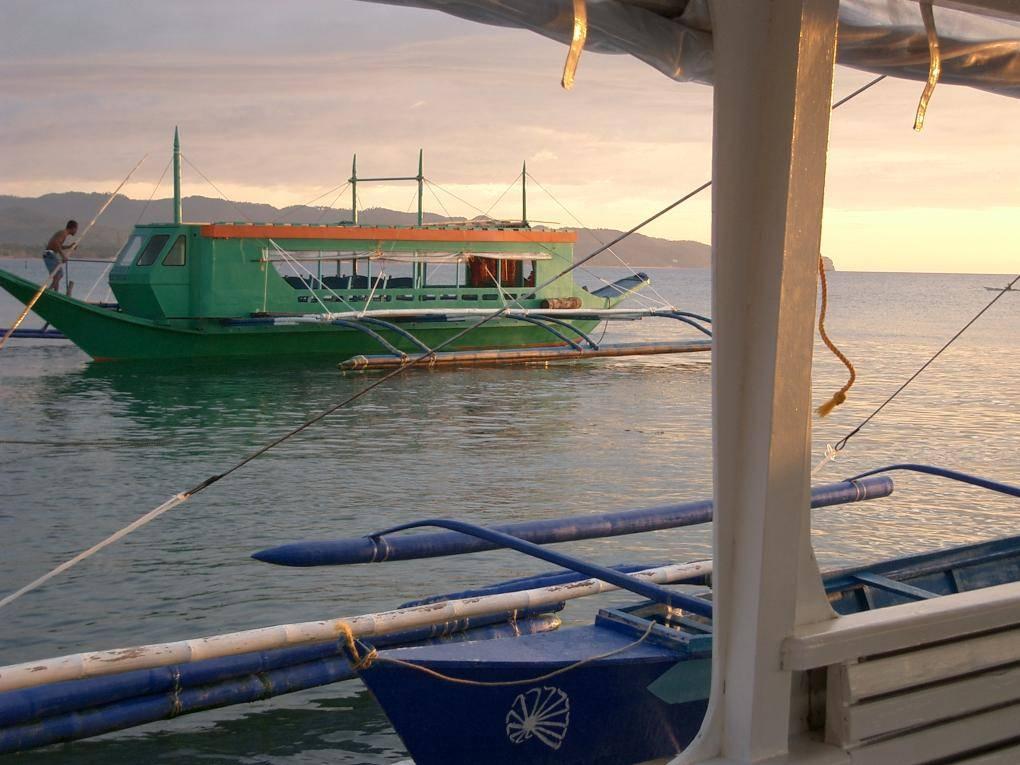 boat in boracay
