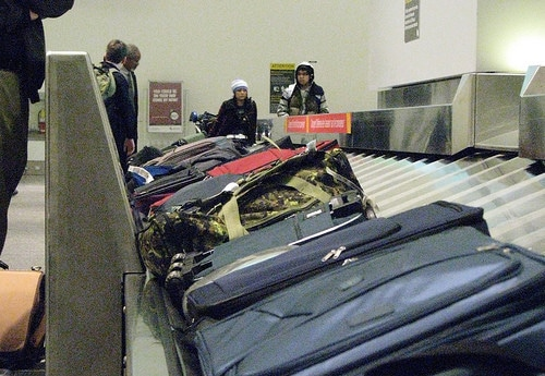 airport luggage carousel