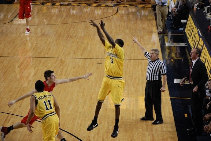 3 pointer shot