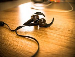The Best Wireless Sport Headphones For Under $100: NuForce BE Sport3 Review